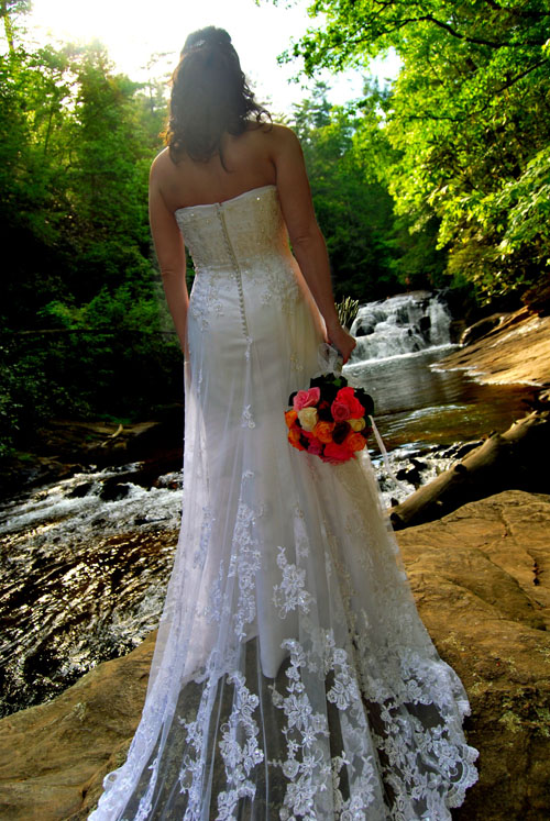 Waterfall wedding gallery small wedding experts for Best small wedding destinations